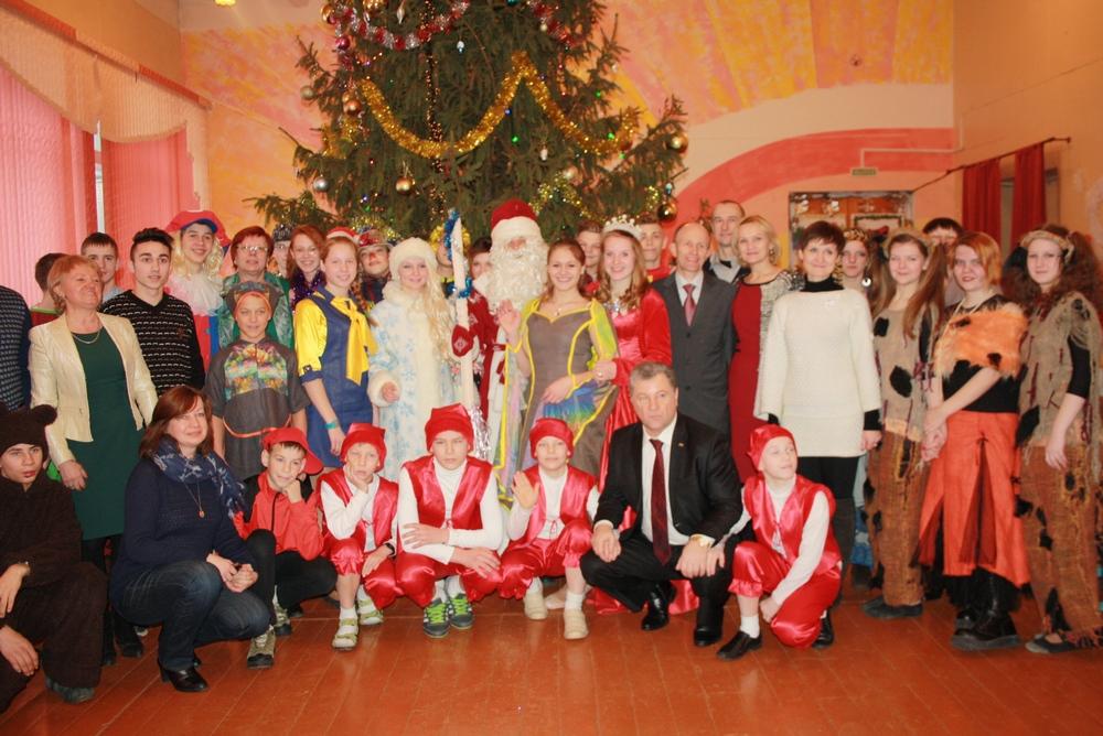 Праздник «Сказка в Рождество» в Сенненской школе-интернат